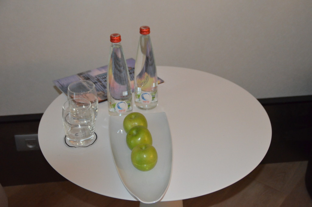 Complimentary fruit and bottled water